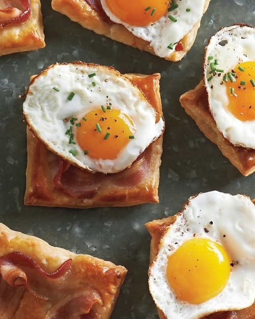 Fried Egg and Bacon Puff Pastry Squares - (Free Recipe below)