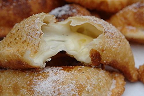 Empanadas de viento or fried cheese empanada - (Free Recipe below)