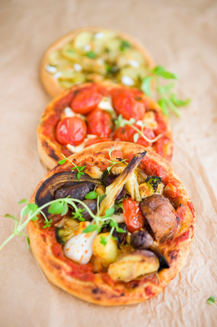 Vegetarian Mini Pizza's - (Free Recipe below)