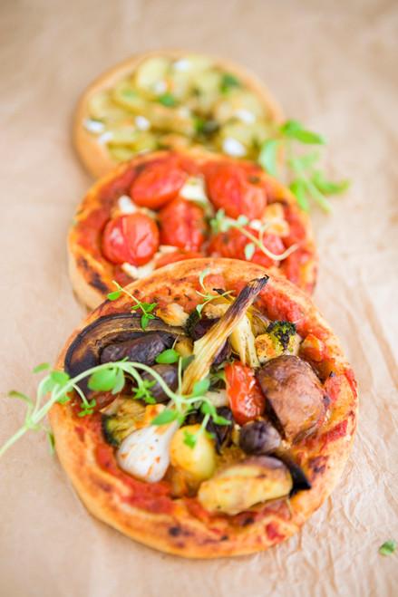 Vegetarian Mini Pizza's - (Free Recipe below)