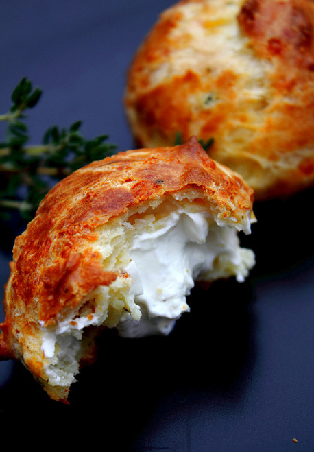 Cheddar Thyme Gougères with creamy goat cheese filling - (Free Recipe below)