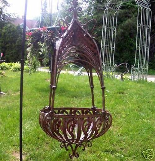 Avante Large Iron Hanging Wall Planter Basket