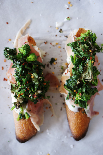 Broccoli Rabe, Burrata, and Prosciutto Crostini - (Free Recipe below)