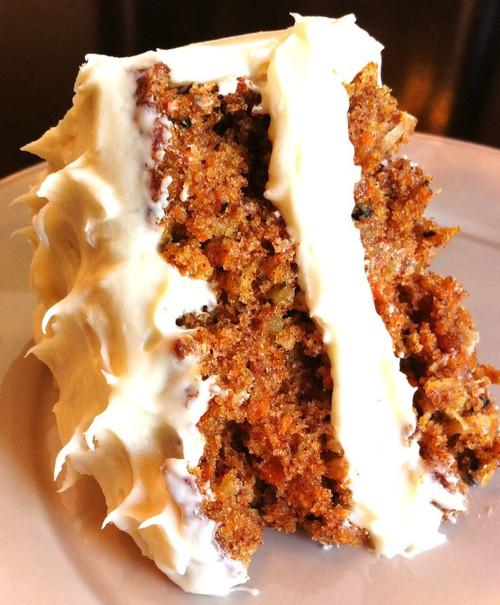 The Best Carrot Cake - (Free Recipe below)