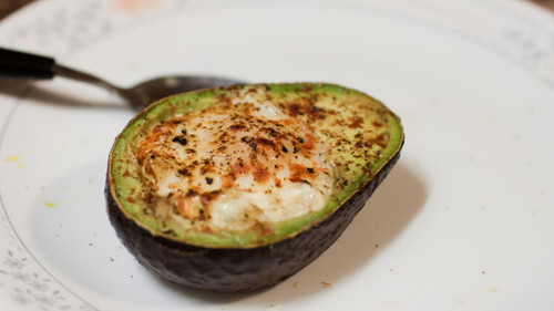 Bake an Egg in an Avocado - (Free Recipe below)