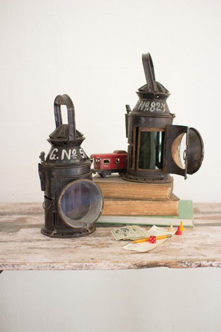 ANTIQUE IRON RAILWAY LANTERN