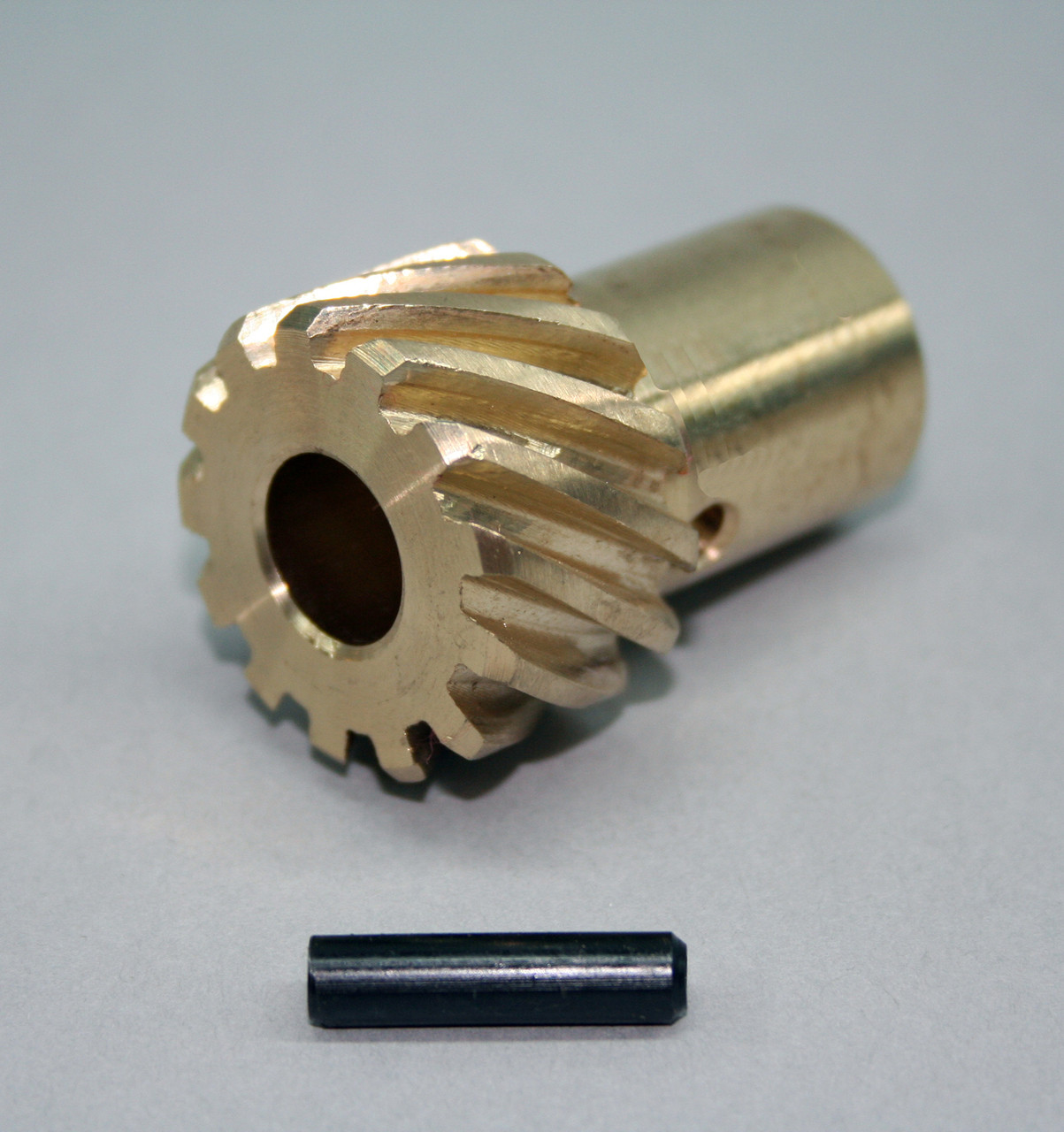 Oldsmobile 350-455 Bronze Distributor Gear 0.491 Shaft diameter 0745511