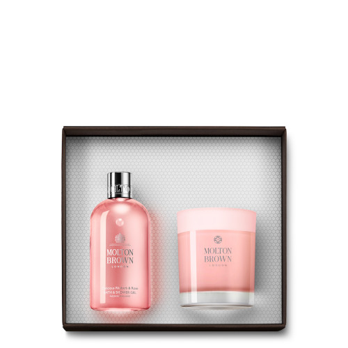 Delicious Rhubarb & Rose Bath & Candle Gift Set