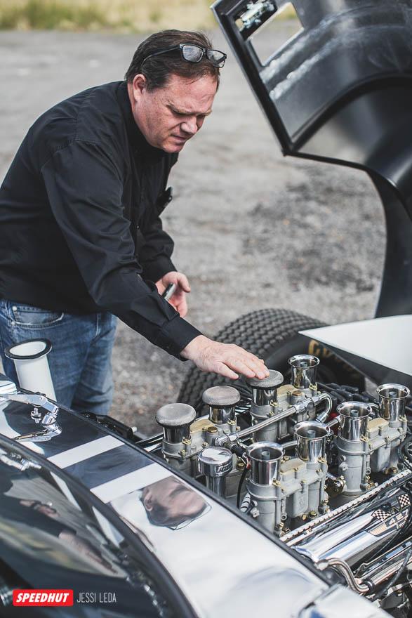 tom by shelby cobra engine