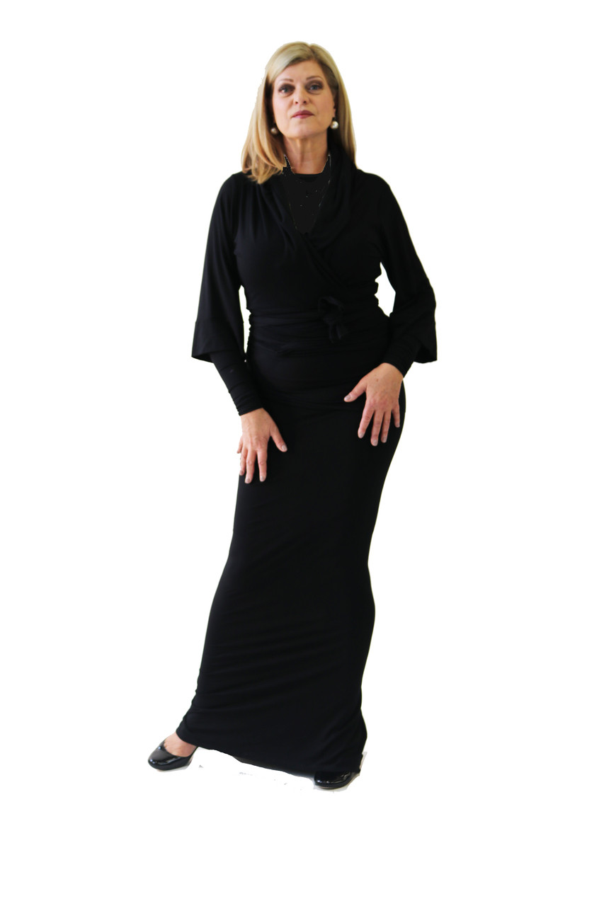 9c6c13dd8bb49 Beautiful Bamboo Wrap jacket seen with black tank and perfect symphony  skirt. The three quarter