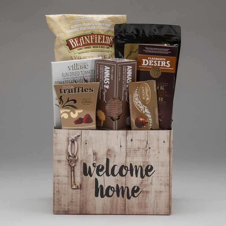 A classic arrangement of cookies, chocolate & snacks to Congratulate the new home owners; whether from friends & family, or from Realtors, Real Estate Professionals & Mortgage Brokers wishing to congratulate their clients, it is sure to please!