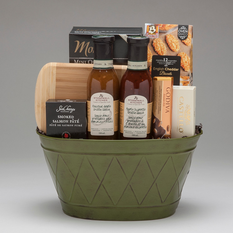 This lovely gift is filled with some of finest savoury items we can find, ideal for the foodie in your life! Cheese & crackers, two of our absolute favorite grille sauces by Stonewall Kitchen, SeaChange Smoked Salmon Pate...bon appetit!