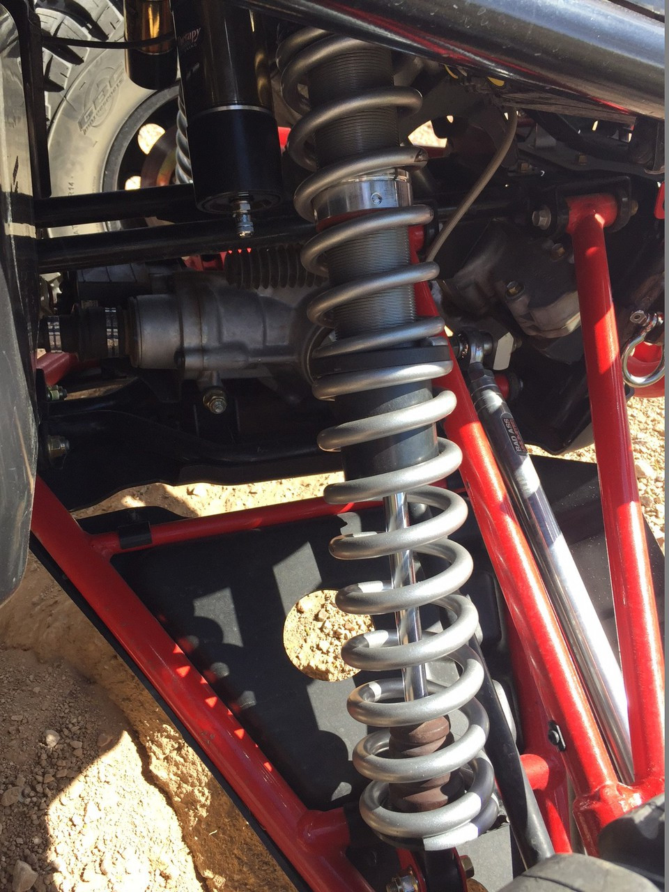 Front shock with RIS kit and full Dual Rate spring kit and Cross over rings