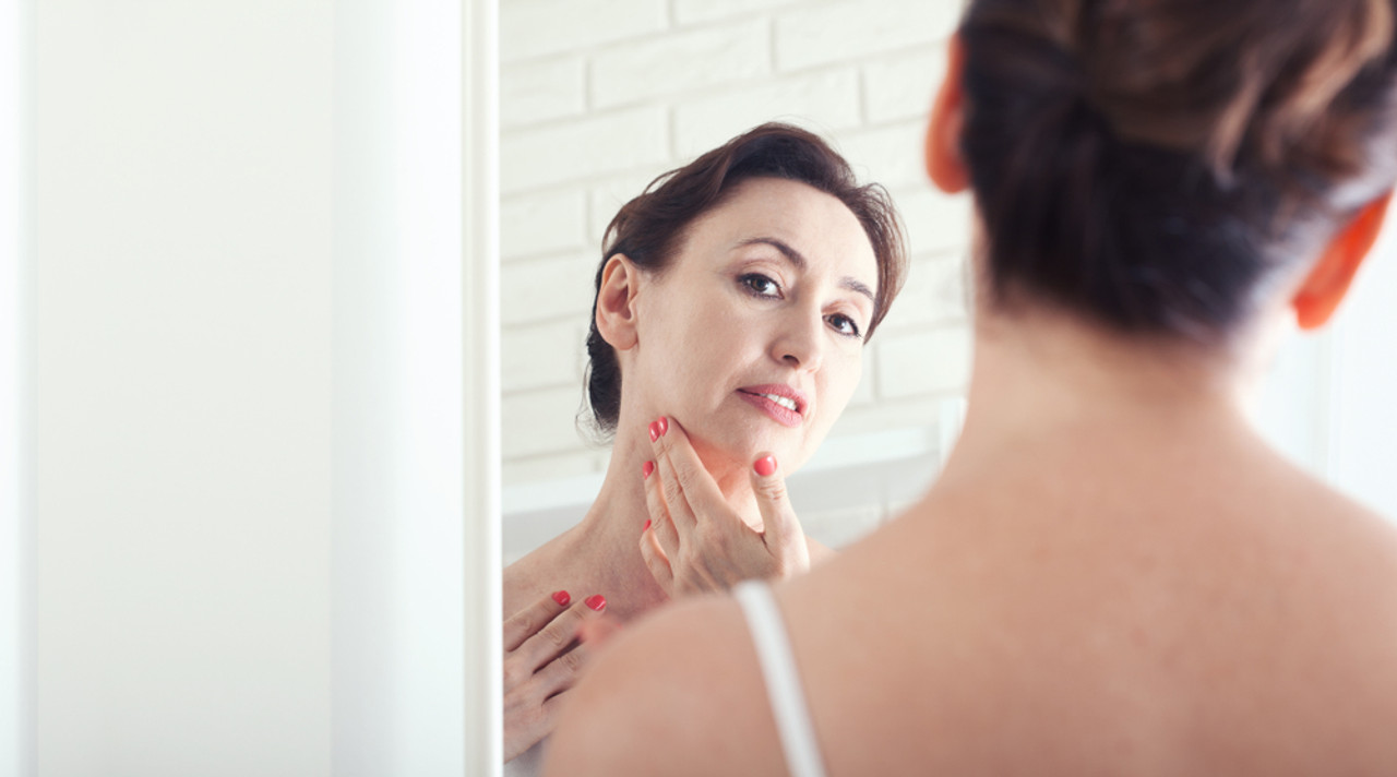 The Truth About Hormonal Skin Aging and Ways to Improve Hormones to Balance Skin