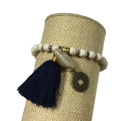 Bali Queen White and Navy Shell Coin Bracelet