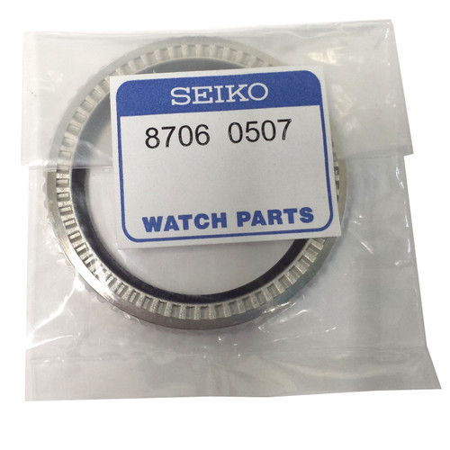 Seiko 8706-0507 bezel