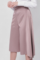 Triangle Pants (Cropped Pants with Side Pleat)