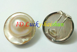 Clip-on white South Sea Mabe Pearl Earrings 925sc j7519