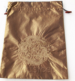 dragon pattern dark coffee embroidery silk shoes bag pouch T727A7E3