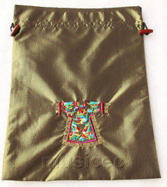 clothing pattern dark green embroidery silk shoes bag pouch T695A66E3