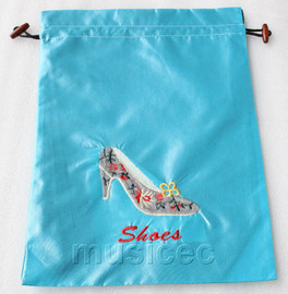 high-heel shoe pattern sky-blue silk embroidery shoes bag pouch T673A6E3