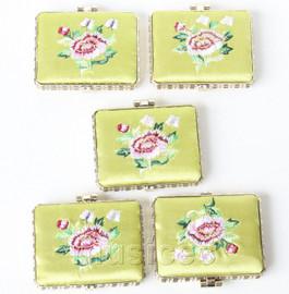 5piece light green oblong embroider silk Carrying Makeup Mirror T580A4E11