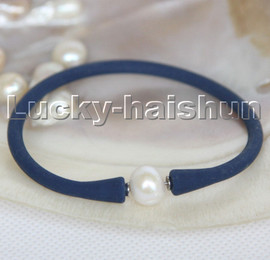 """natural 7"""" 11mm rubbery springy round white pearls blue Silicone rubber Bracelet c167"""