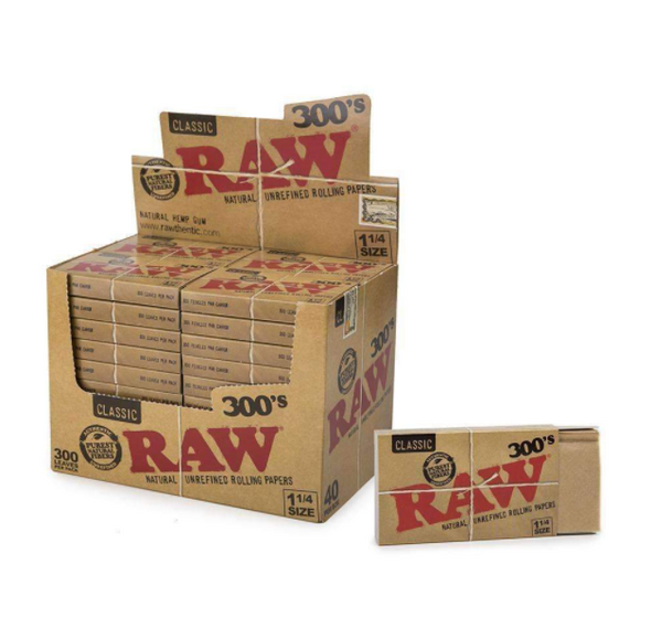 """RAW Classic Rolling Papers 300pk 1¼"""" Size - 40 ct."""