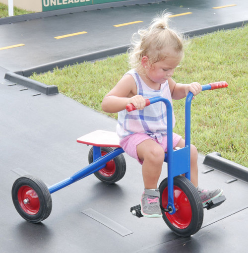 This tricycle is perfect for ages 2-5