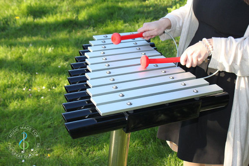 The Cadenza Maya is small yet captivating with a curved design and arranged as a traditional xylophone
