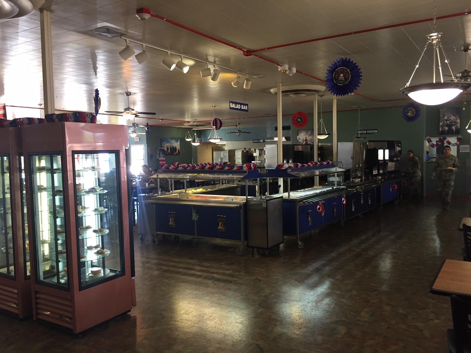 salad-bar-beverage-stations-before.jpg