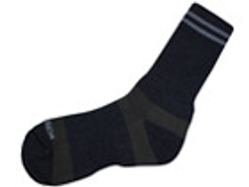 Incrediwear TREK socks increase circulation to thermoregulate feet and improve stamina through more oxygen and blood flow.