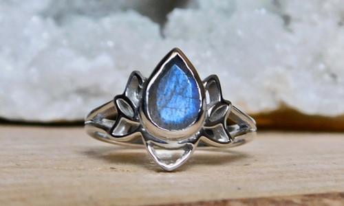 Lotus Stone Ring