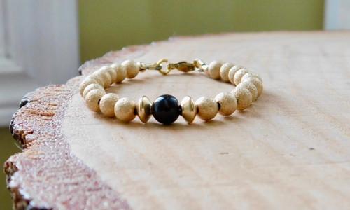 Baby Bracelet in Gold