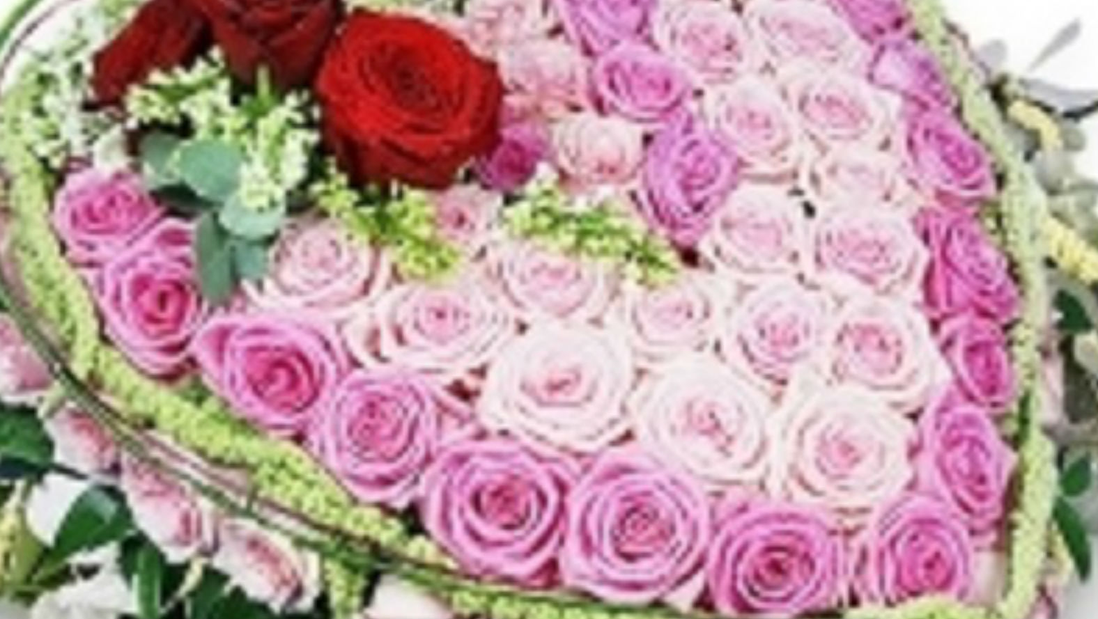 pink-and-red-roses-truibute-flower-station.jpg