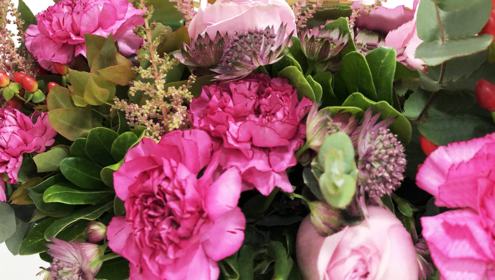 pink-bouquet-roses-fullsize.jpg