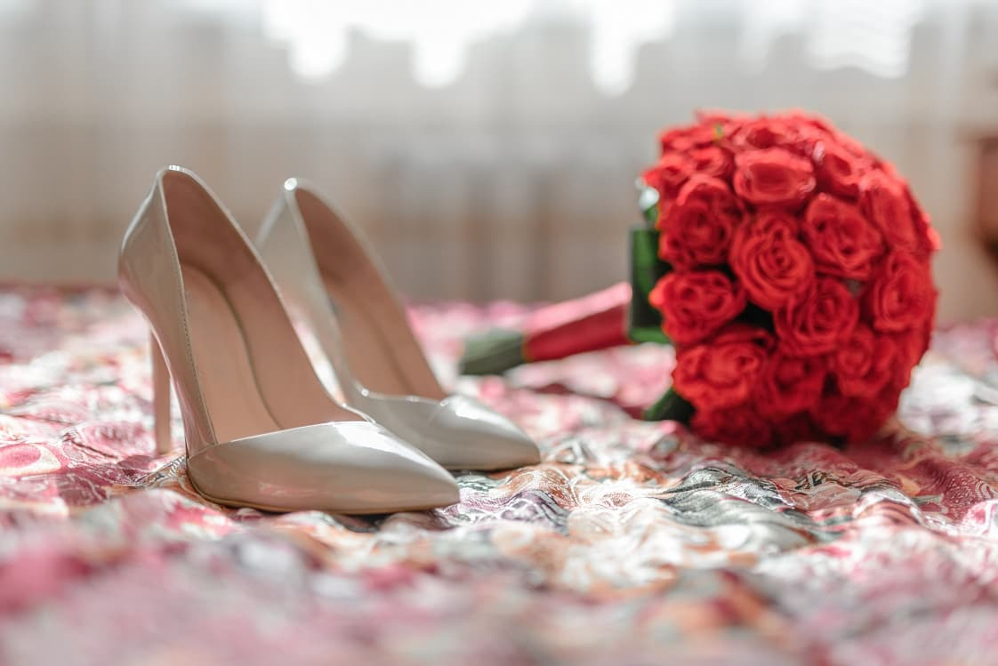 red-bridal-bouquet.jpg