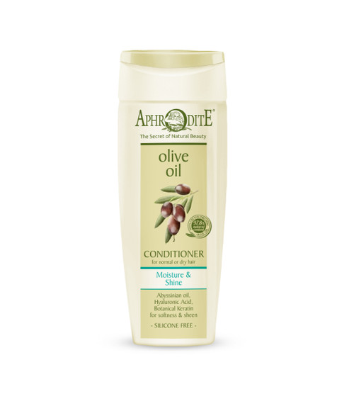 Reveal soft, lustrous hair with our Moisture & Shine conditioner. It quenches thirsty hair and restores natural sheen