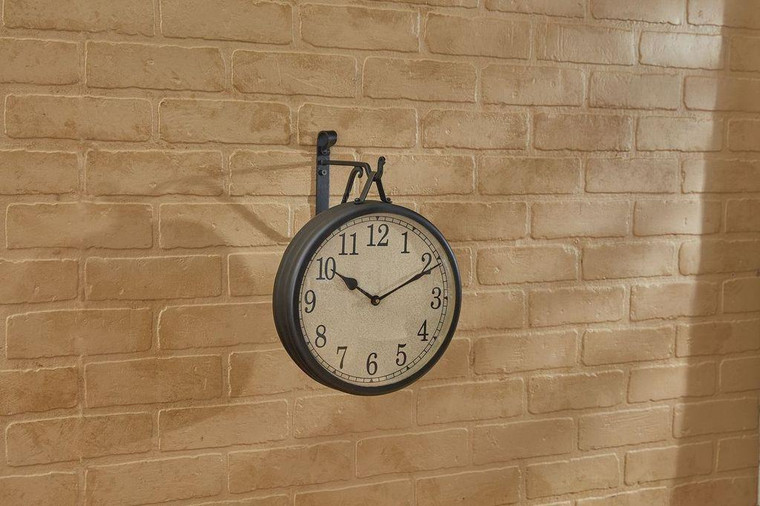 Hanging Clock With Iron Hook - 762242000568