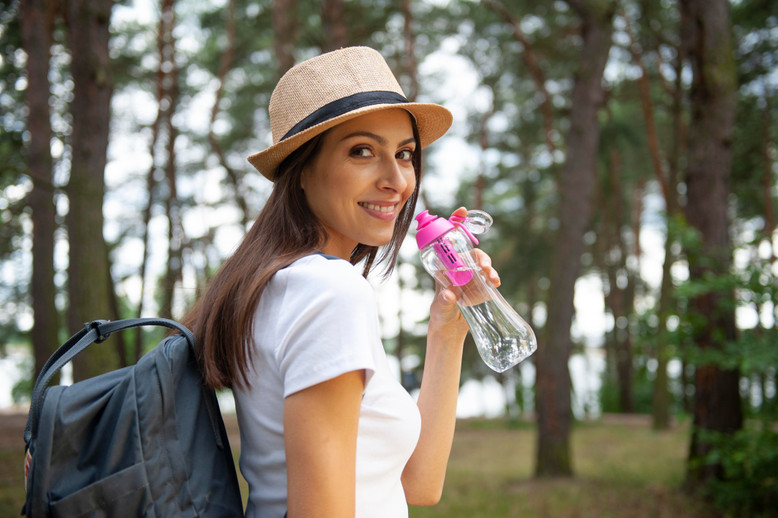 6 CONSCIOUS REASONS TO BRING YOUR OWN WATER BOTTLE WHEN TRAVELING