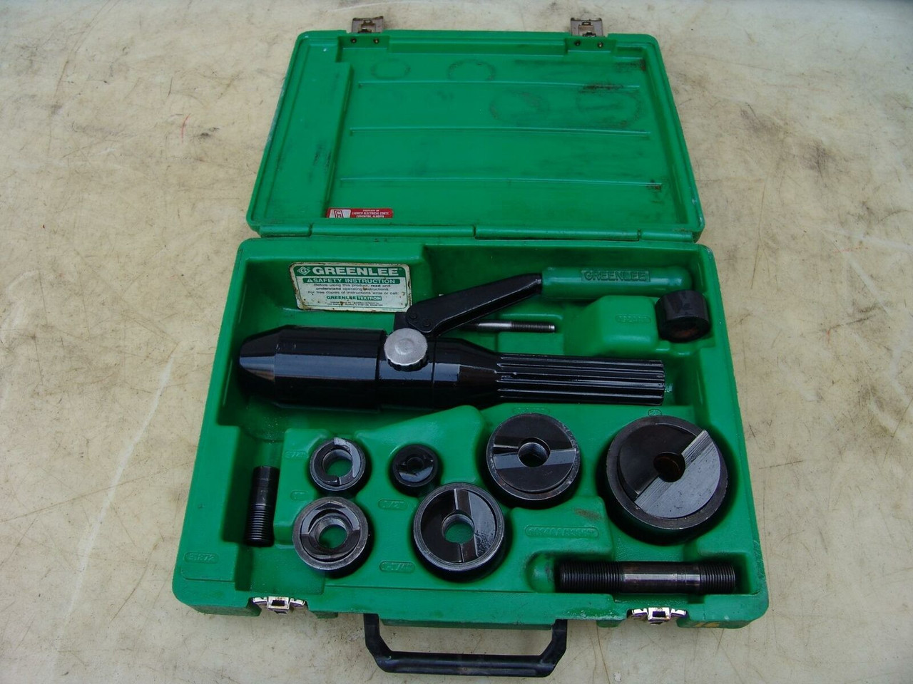 GREENLEE 7804SB QUICK DRAW HYDRAULIC PUNCH DRIVER 1/2 TO 2 INCH WORKS FINE  #16