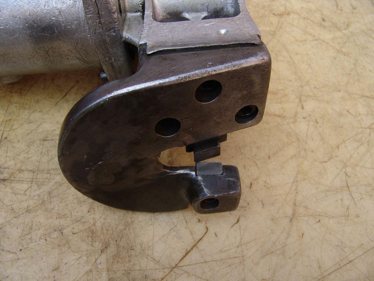 Stanley Metal Cutting Shear, Model U 212, Unishear, 120 volts  Works Fine