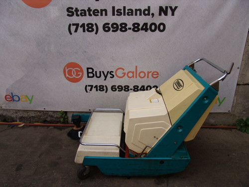 Tennant 140E Electric Parking Lot Warehouse Sweeper Great Shape Only 63 Hours bg2