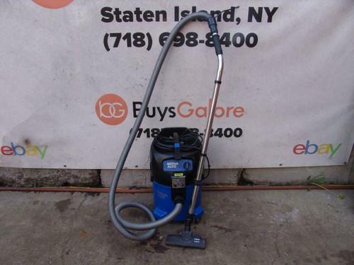 Nilfisk ATTIX 30 Wet Dry Vacuum 120 volts Works Fine. bg3