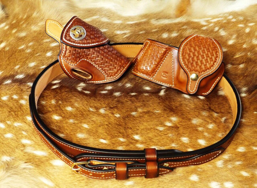 LEO BBQ Rig with custom leather belt, holster and magazine pouch