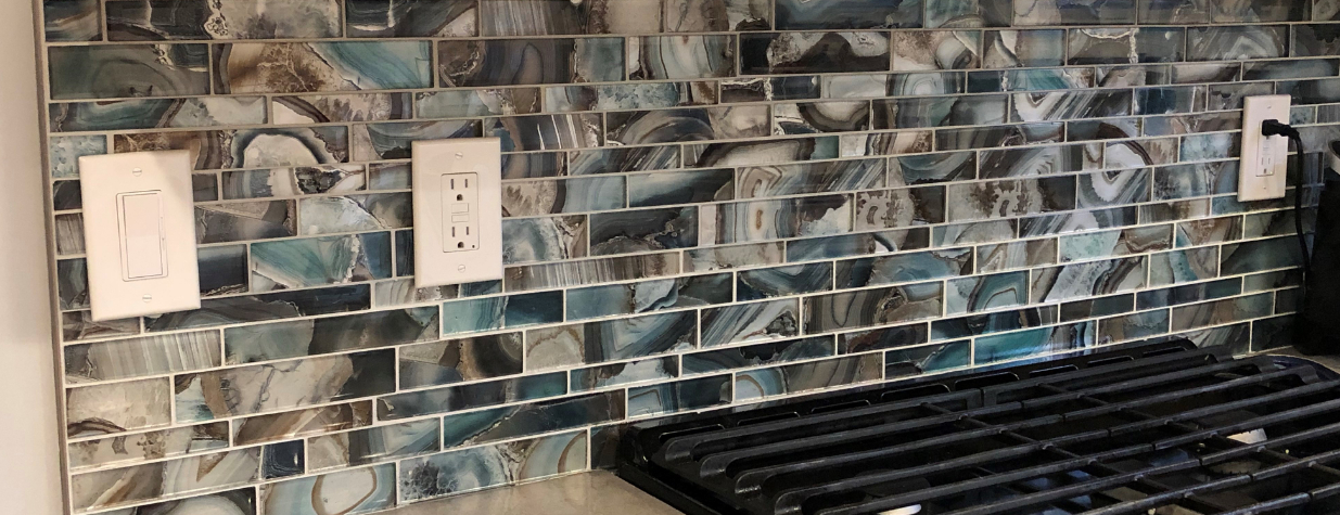 Backsplash Glass Tiles | BELK Tile | Glass Tile Backsplash