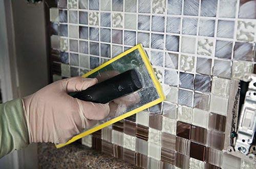 Install Glass Mosaic Tile Backsplashes | BELK Tile