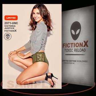 Victoria Justice [ # 2971-UNC ] FICTION X TOXIC RELOAD / Limited Edition cards