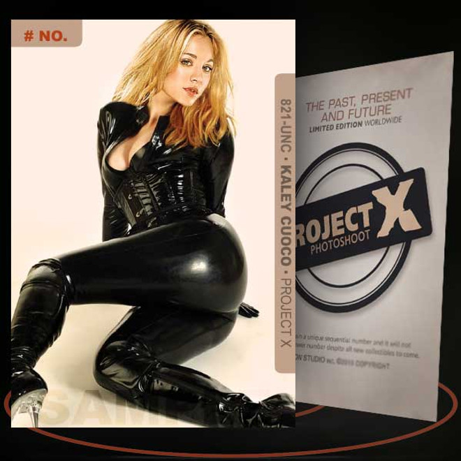 Kaley Cuoco [ # 821-UNC ] PROJECT X Numbered cards / Limited Edition
