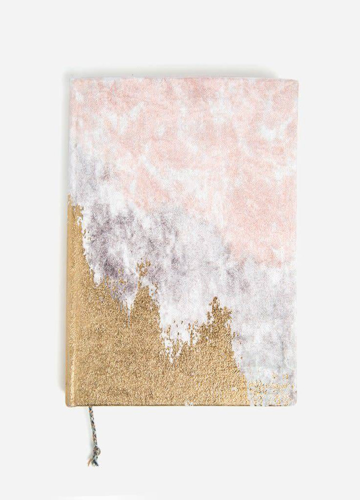 Stay organized in using our beautiful velvet agenda!